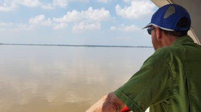 Slow travel on the Ayeyawady River